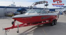2005 Sanger SV215 21'6″ Ski Boat