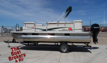 2011 Sun Tracker Party Barge 21′