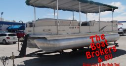 2003 Tracker Party Barge Regency 25′ TriToon