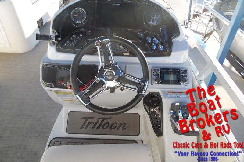 2018 JC SPORTTOON 26tt TriToon BOAT