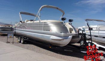 2013 BENNINGTON TRIPLE TUBE 28 QCW I/O 28′ Price Reduced