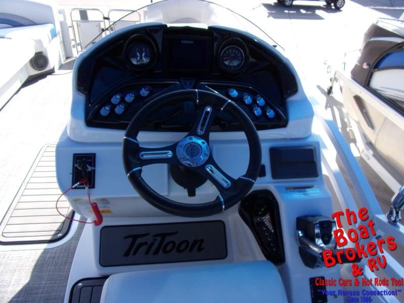 2019 JC NEPTOON SPORT 25tt TriToon BOAT