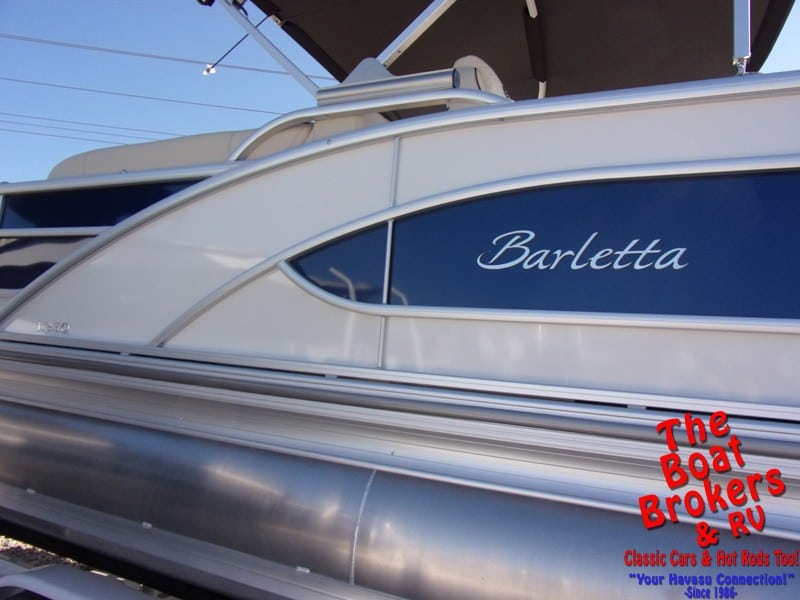 2019 BARLETTA L23Q 23' TriToon BOAT