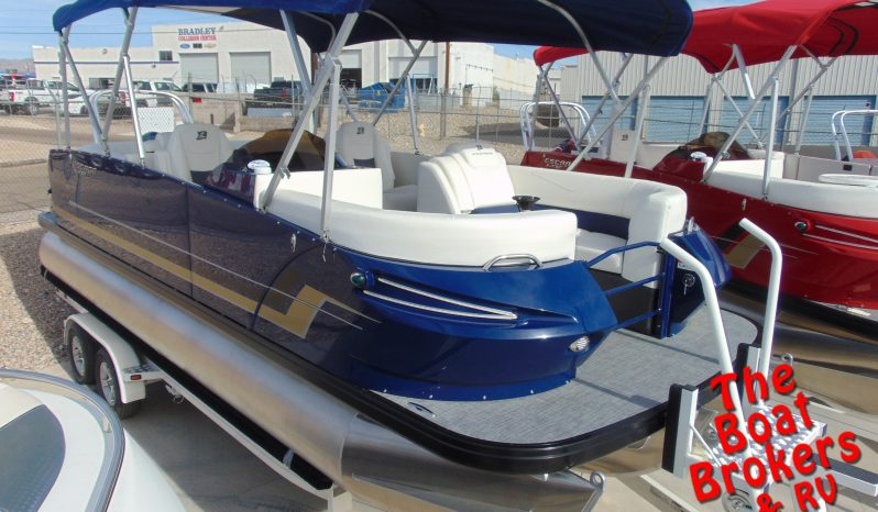 2019 LARSON ESCAPE RT 2000 20' TRIPLE TUBE BOAT