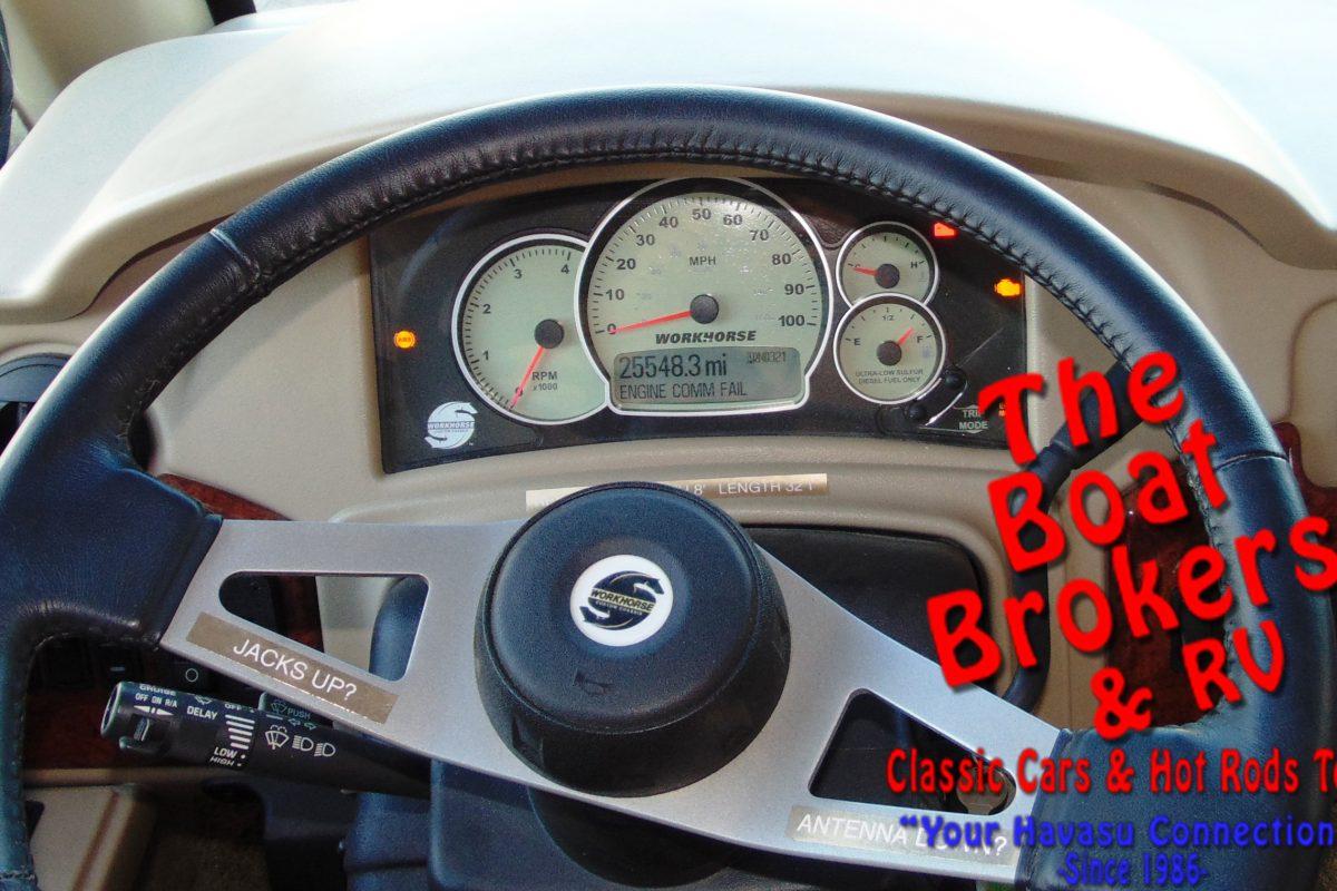 2010 FOUR WINDS SERRANO 31' MOTORHOME DIESEL