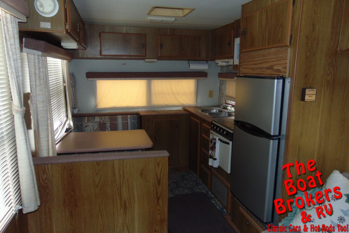 1988 FLEETWOOD TERRY 5TH WHEEL 26'