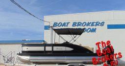 2019 BARLETTA L23U 23′ TRIPLE TUBE BOAT