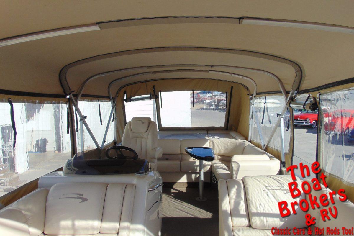 2012 BENNINGTON TRIPLE TUBE 2275 RL I/O 23'