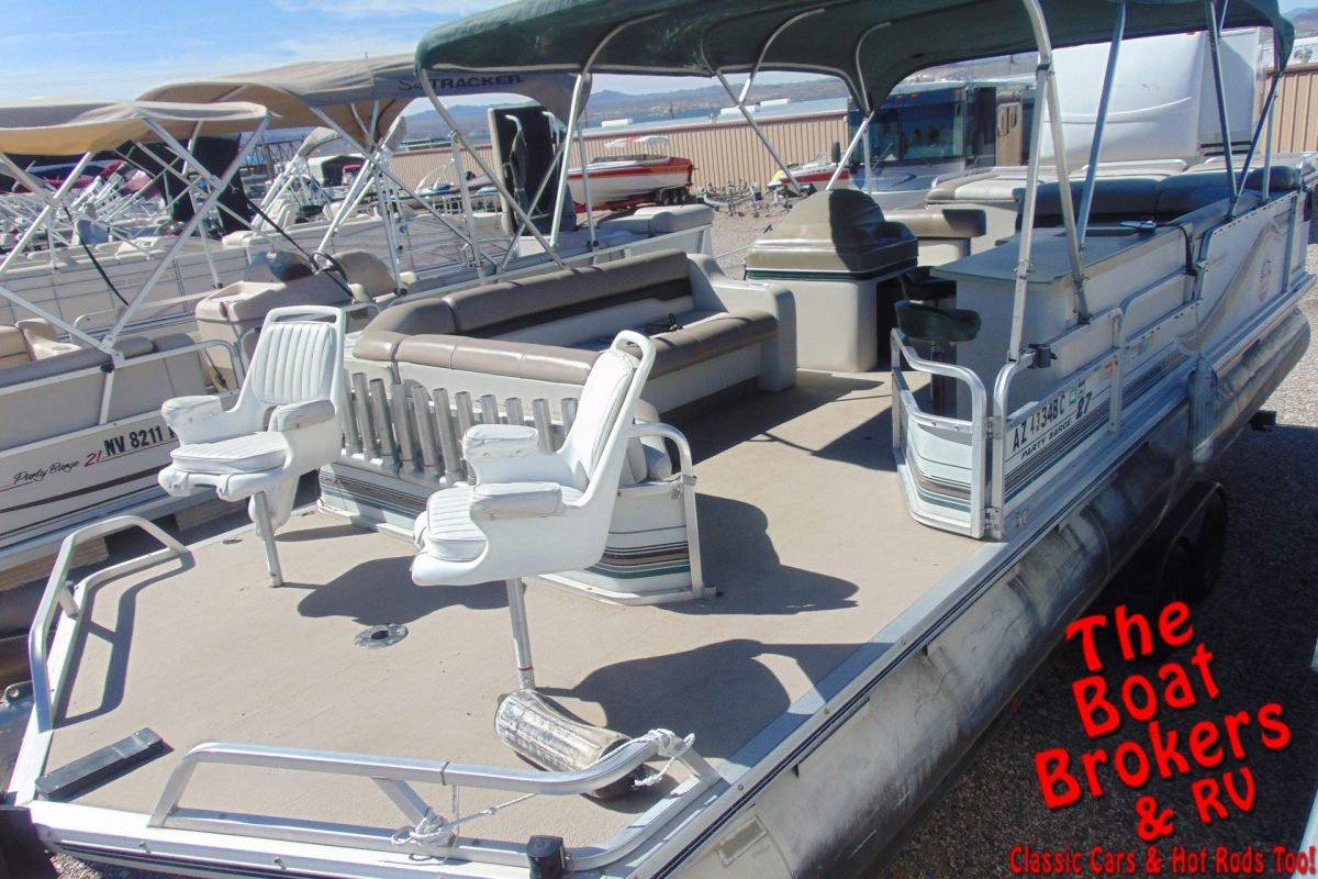 1997 TRACKER PARTY BARGE 27' PONTOON