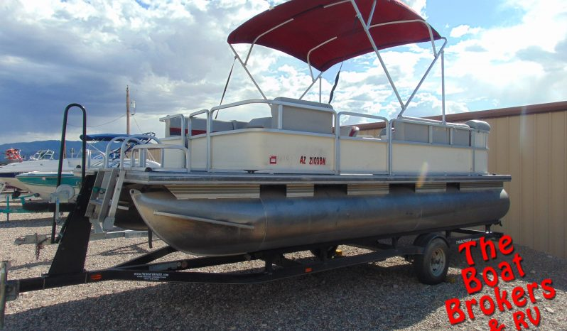 2008 TRACKER PARTY BARGE 200 21' PONTOON