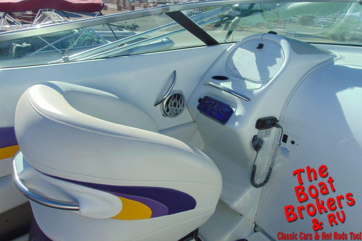 2000 BAJA BOSS 31' CUDDY CLOSED BOW