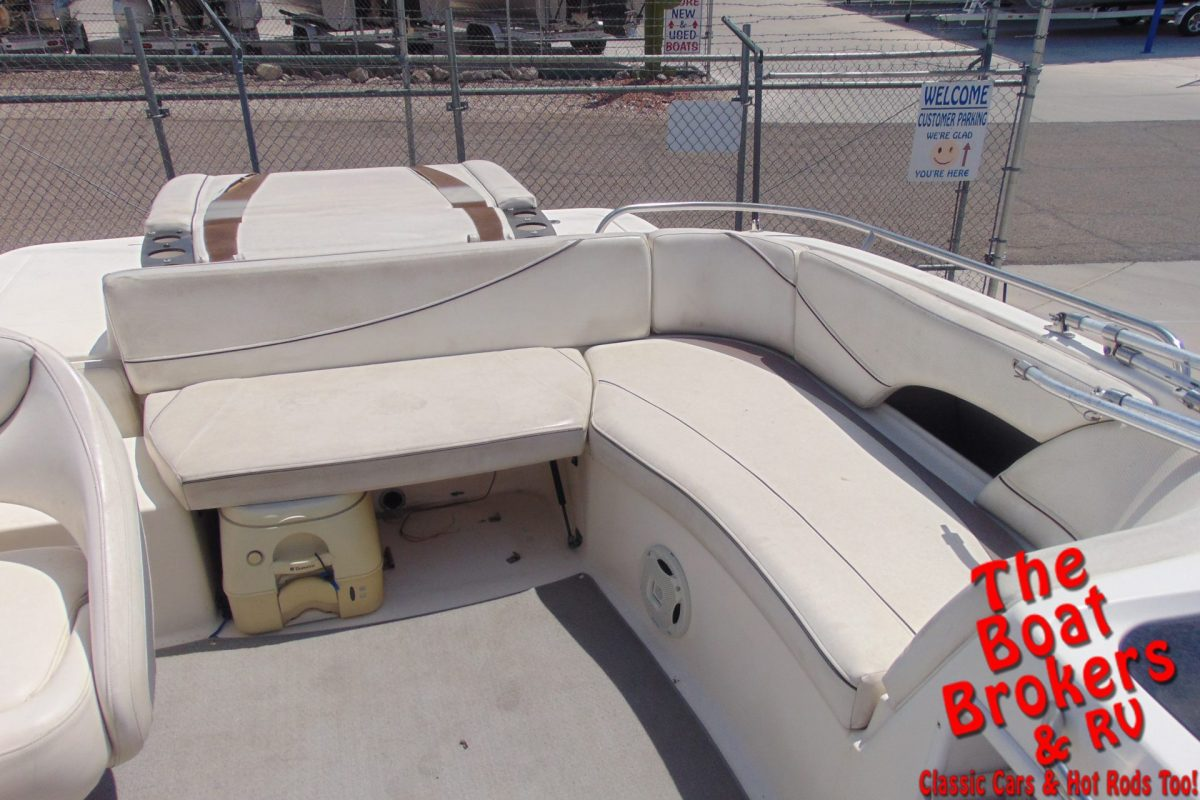 2008 21′ BAYLINER RENDEVOUS DECK BOAT