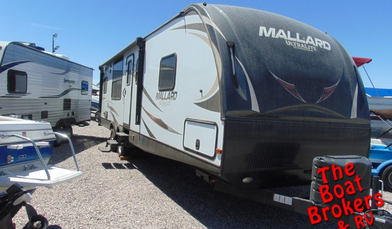2017 MALLARD 30' ULTRALITE TRAVEL TRAILER