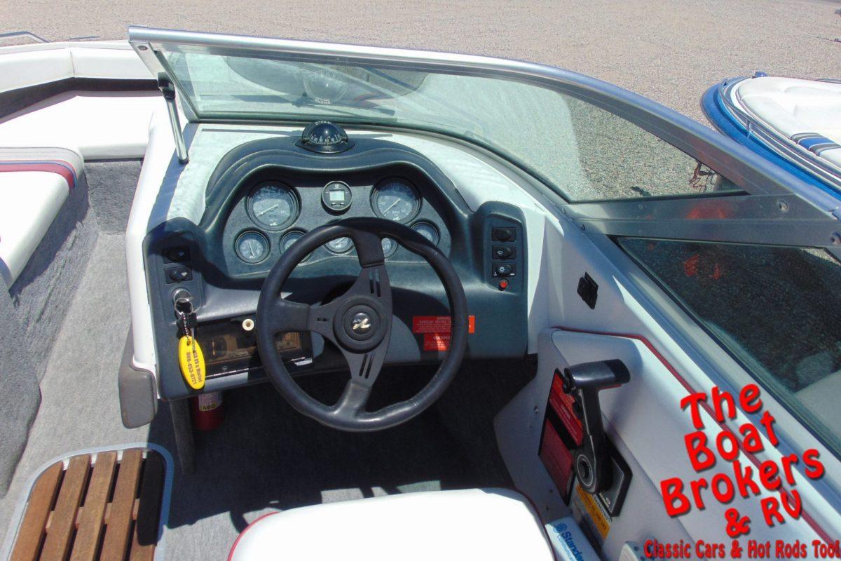 1993 SEA RAY 200 OPEN BOW 20'