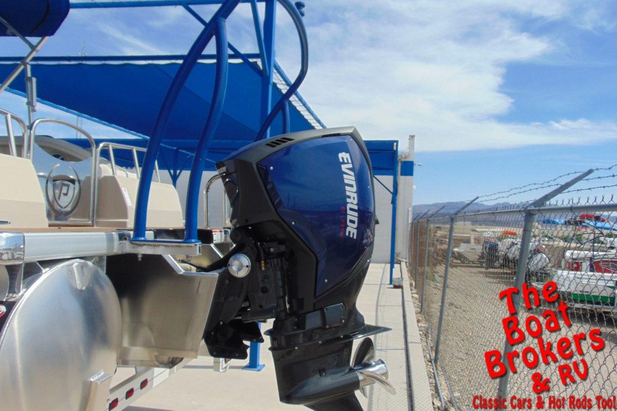 2019 PREMIER SUNSTATION 230 S/L 23' TRIPLE TUBE BOAT Black