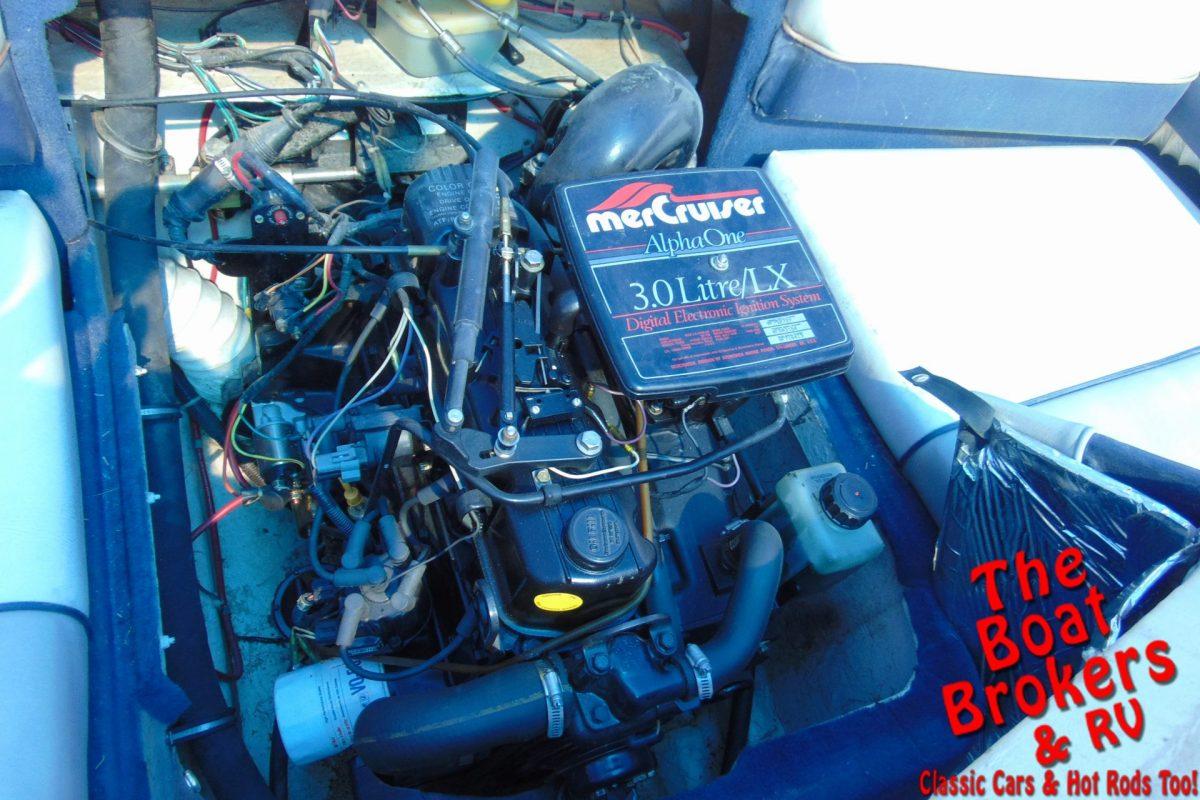 1996 19′ BAYLINER CAPRI OPEN BOW