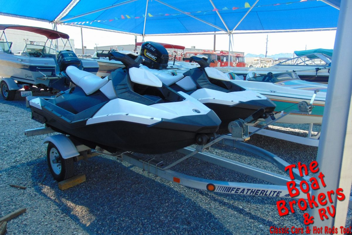 2015 SEA DOO SPARK JET SKIS 3 SEATERS