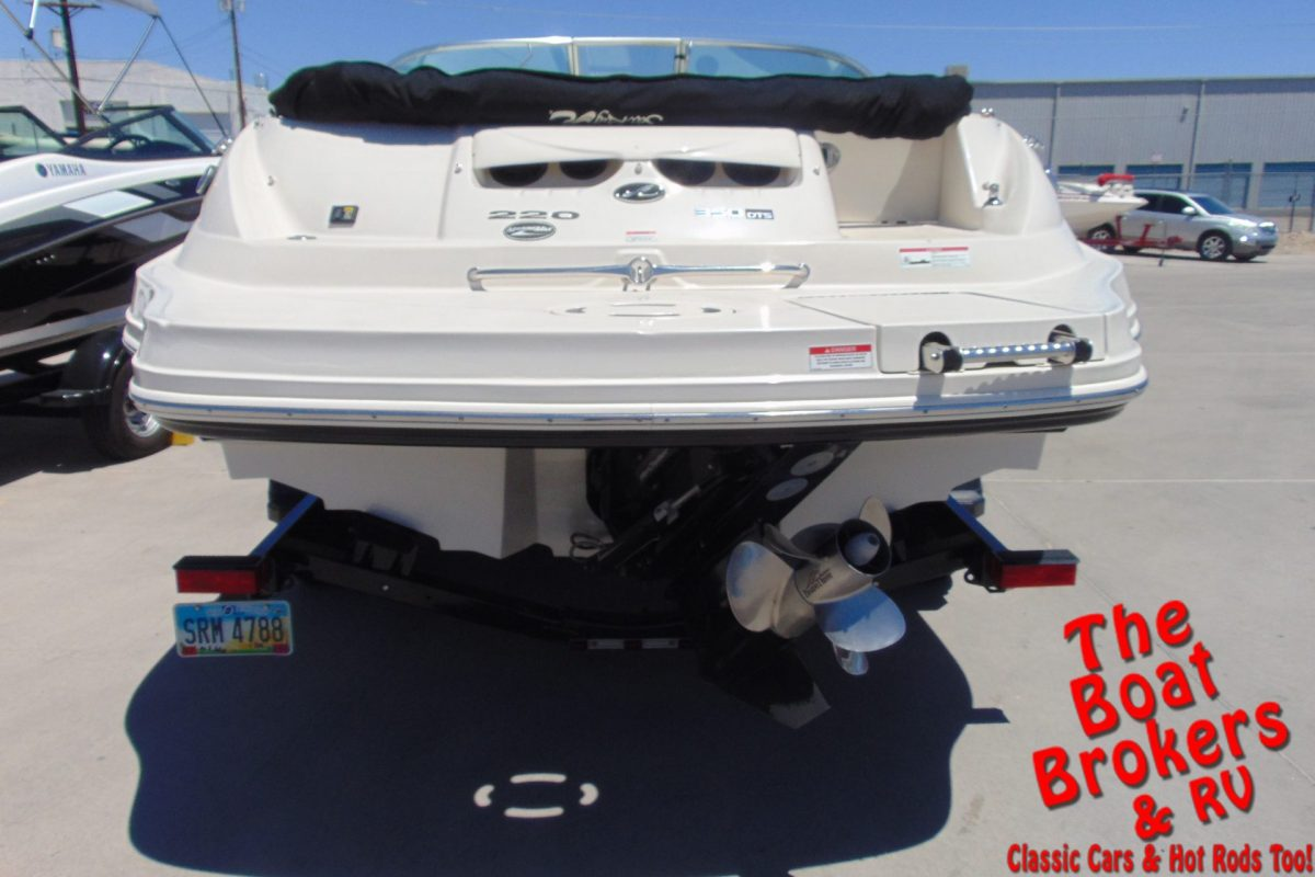 2008 SEA RAY 220 SUNDECK 24' OPEN BOW