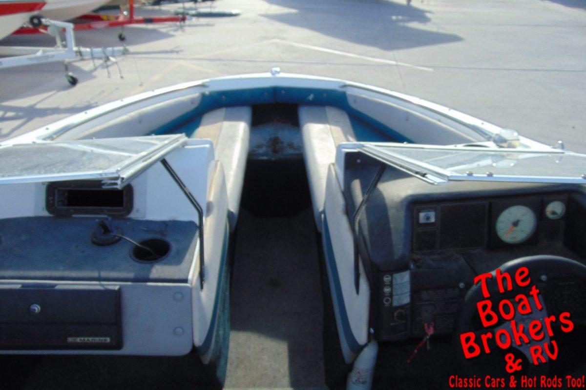 1991 18′ BAYLINER CAPRI OPEN BOW