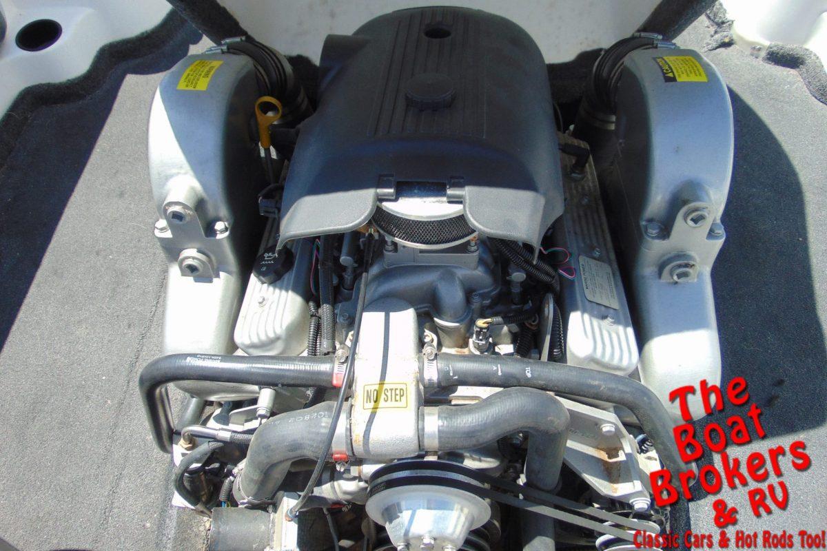 2003 TIGE 21 i/SK SKI BOAT