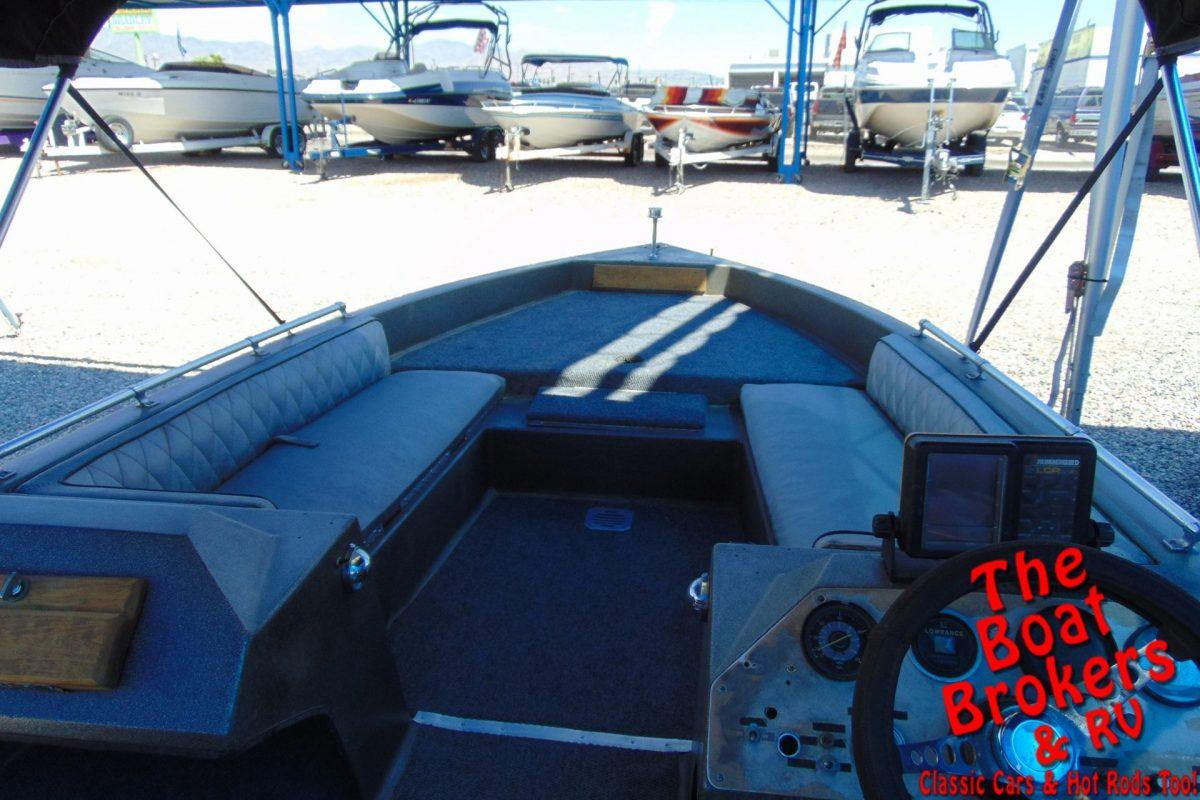 1980 RANGER 275V 17' FISHING BOAT