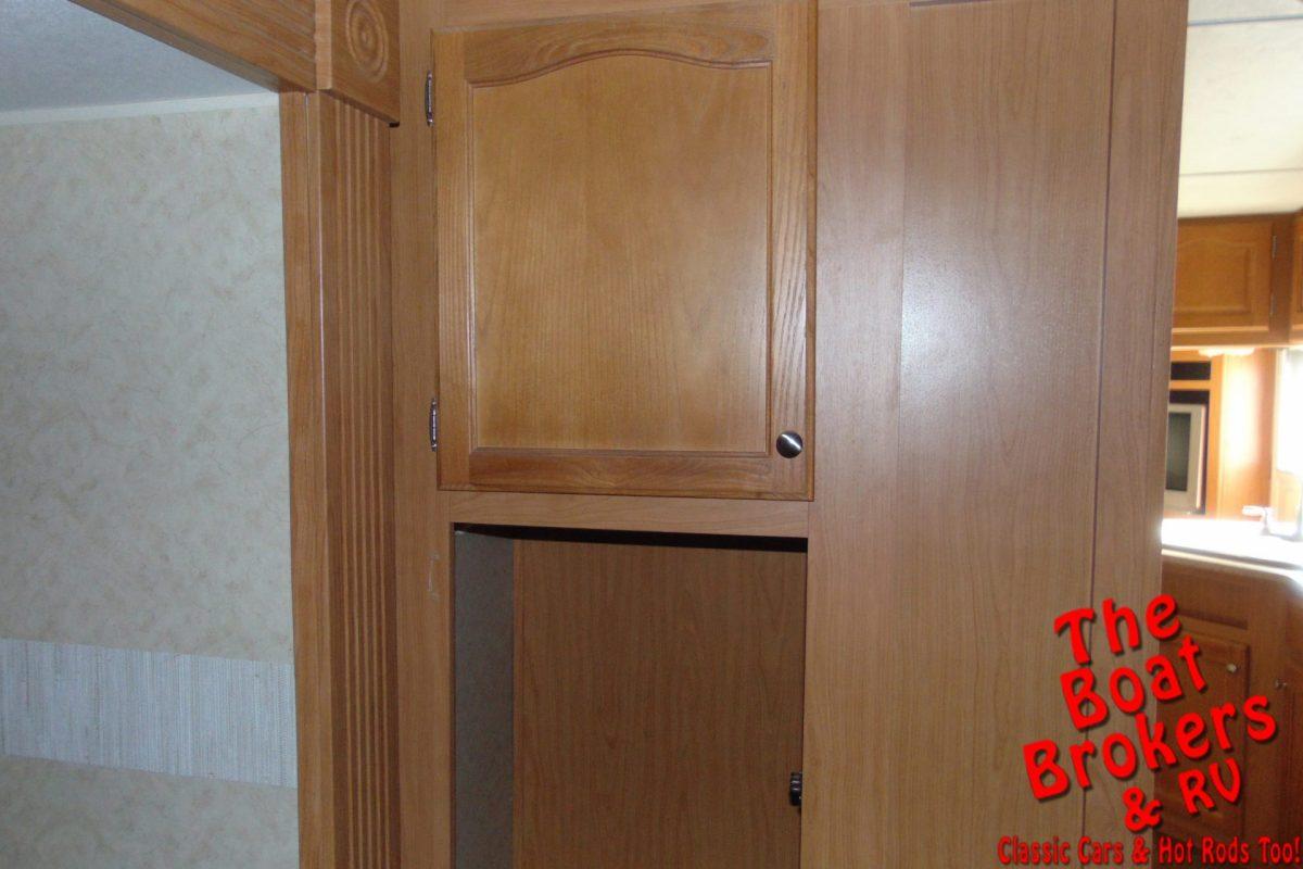 2006 DUTCHMAN DENALI M30BS