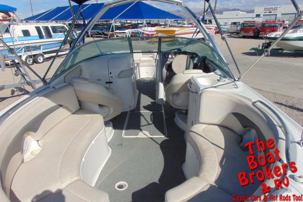 2004 CHAPARRAL 274 SUNESTA OPEN BOW BOAT