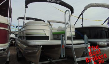 2020 GODFREY SWEETWATER 22′ TRIPLE TUBE BOAT Price Reduced!