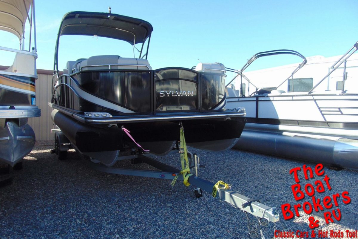 2018 SYLVAN S-3 EXTREME 25' TRIPLE TUBE BOAT