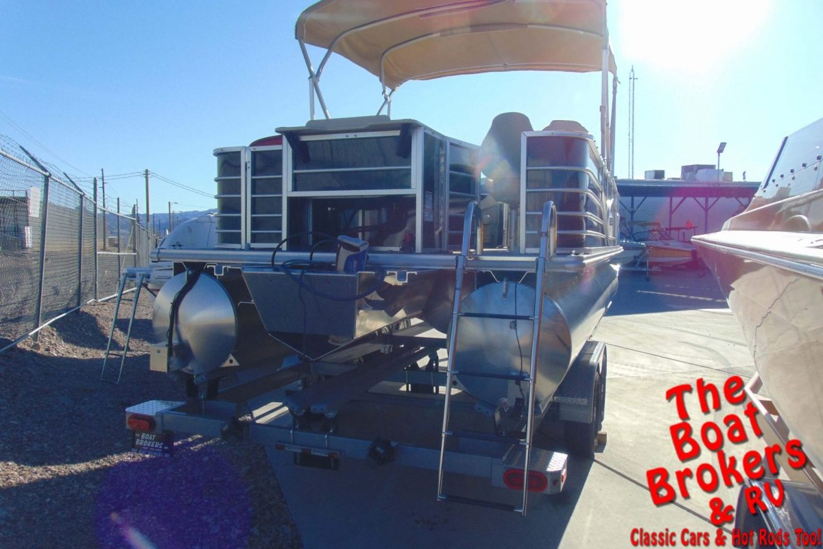 2019 SYLVAN MIRAGE 22' FISHING MODEL TRIPLE TUBE BOAT - Black