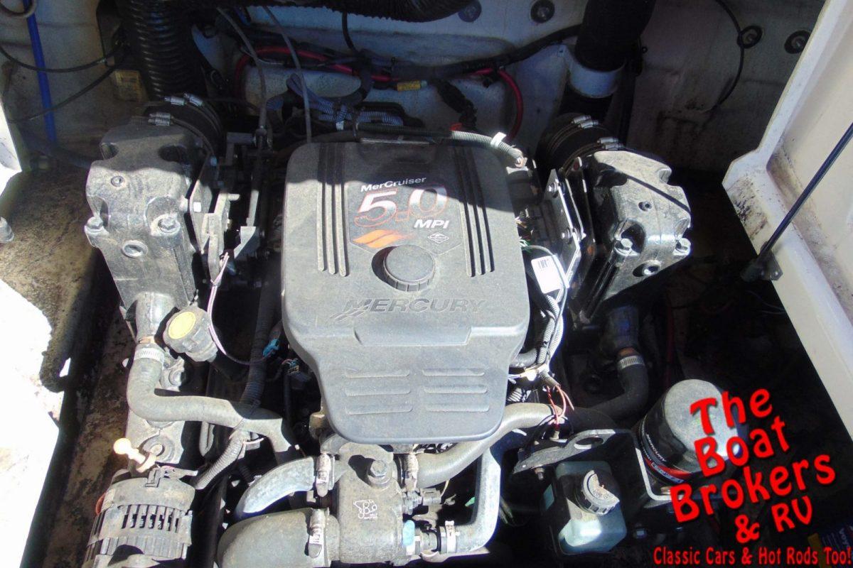 2005 SEA RAY 240 24' OPEN BOW