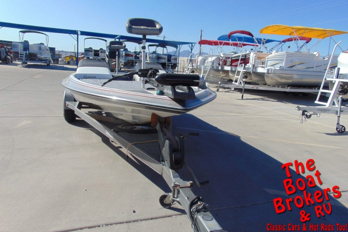 2001 GAMBLER 2200 FISHING BOAT