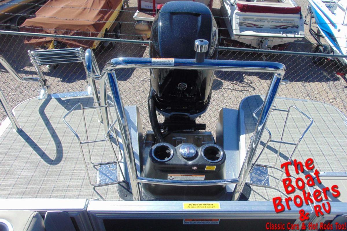 2020 BARLETTA L25B TRIPLE TUBE BOAT