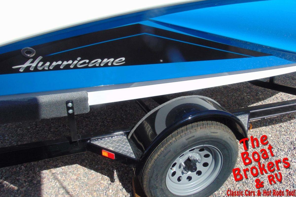 2020 HURRICANE 18.5' DECK BOAT - Blue