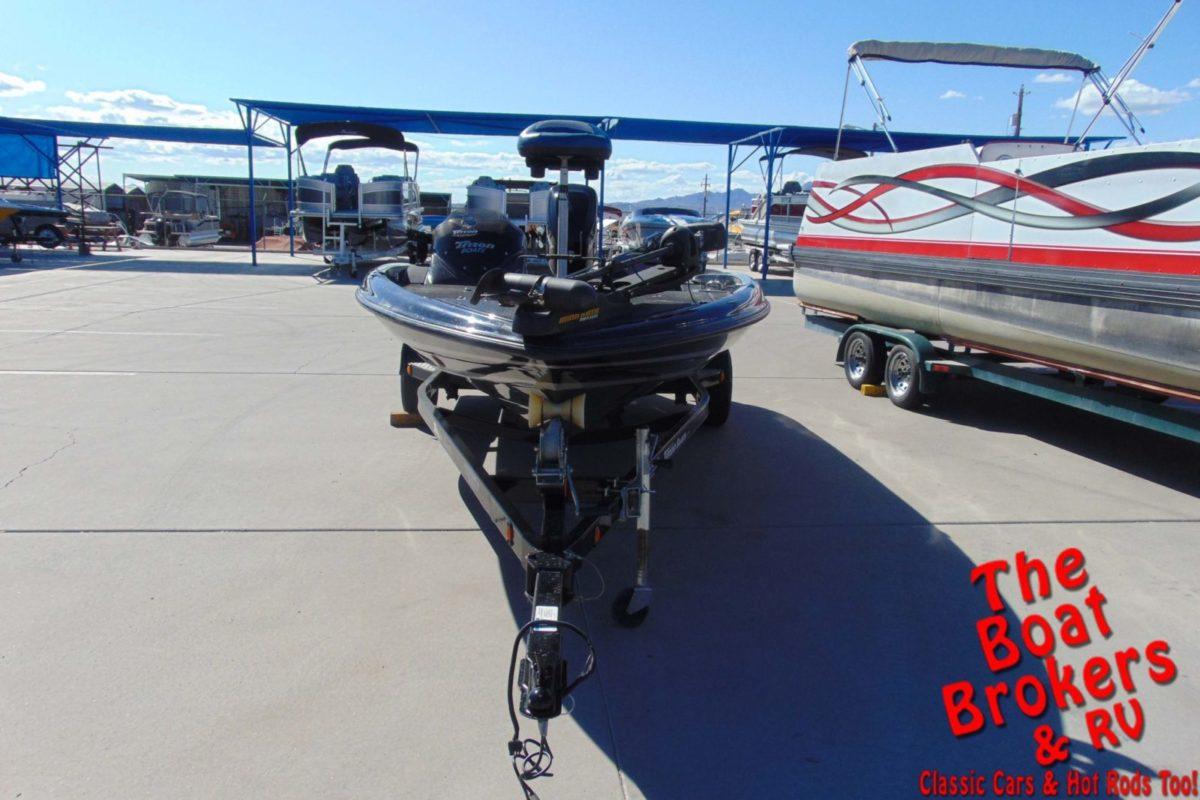 2013 TRITON 18 SE FISHING BOAT