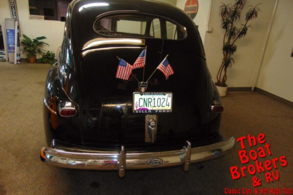 1942 FORD SUPER DELUXE
