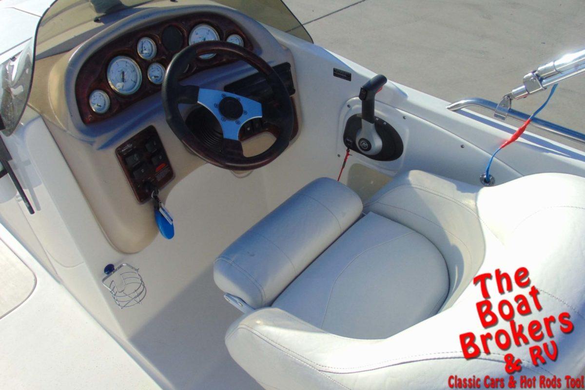 2005 NAUTIC STAR 210 SPORT DECK BOAT 21'