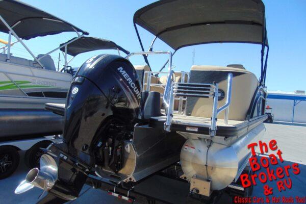 2019 BARLETTA E22QC 22' TRIPLE TUBE BOAT
