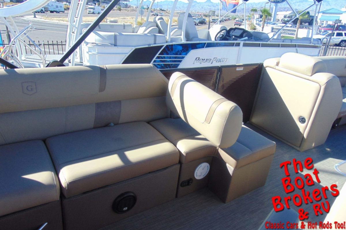 2019 GODFREY AQUA PATIO 25' TRIPLE TUBE BOAT