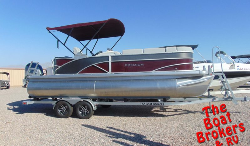 2019 GODFREY SWEETWATER PREMIUM 23′ TRIPLE TUBE BOAT