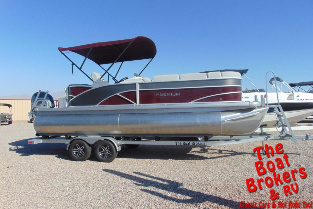 2020 GODFREY SWEETWATER PREMIUM 23' TRIPLE TUBE BOAT