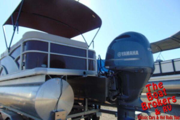 2020 GODFREY SWEETWATER PREMIUM 23' TRIPLE TUBE BOAT
