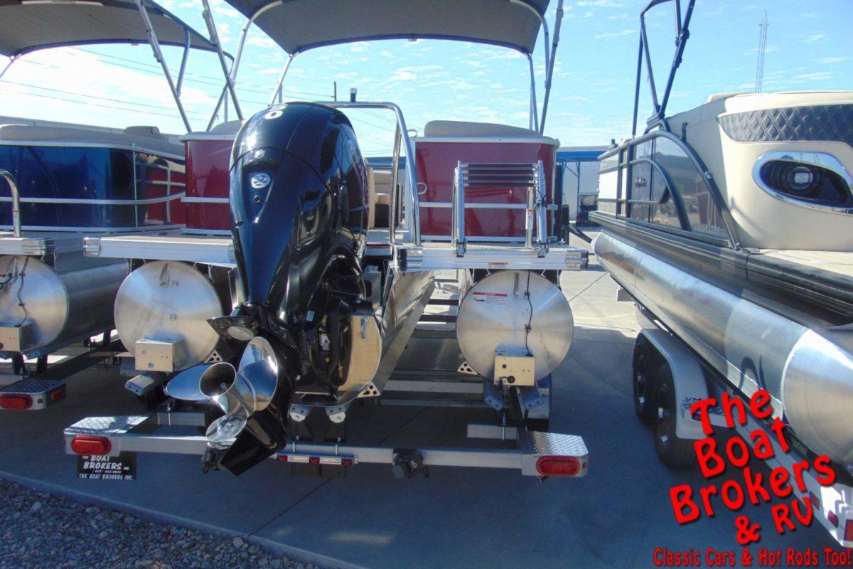 2021 BARLETTA C20QC 20' TRIPLE TUBE BOAT - Red