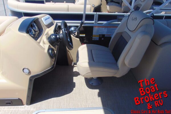 2021 BARLETTA C22QC 22' TRIPLE TUBE BOAT - Black