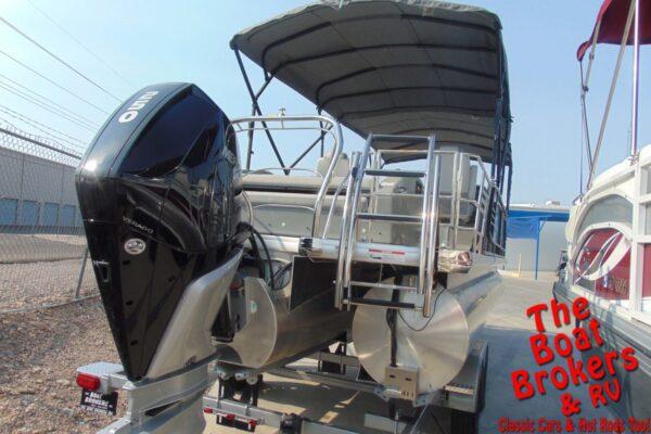 2019 GODFREY AQUA PATIO 25′ TRIPLE TUBE BOAT