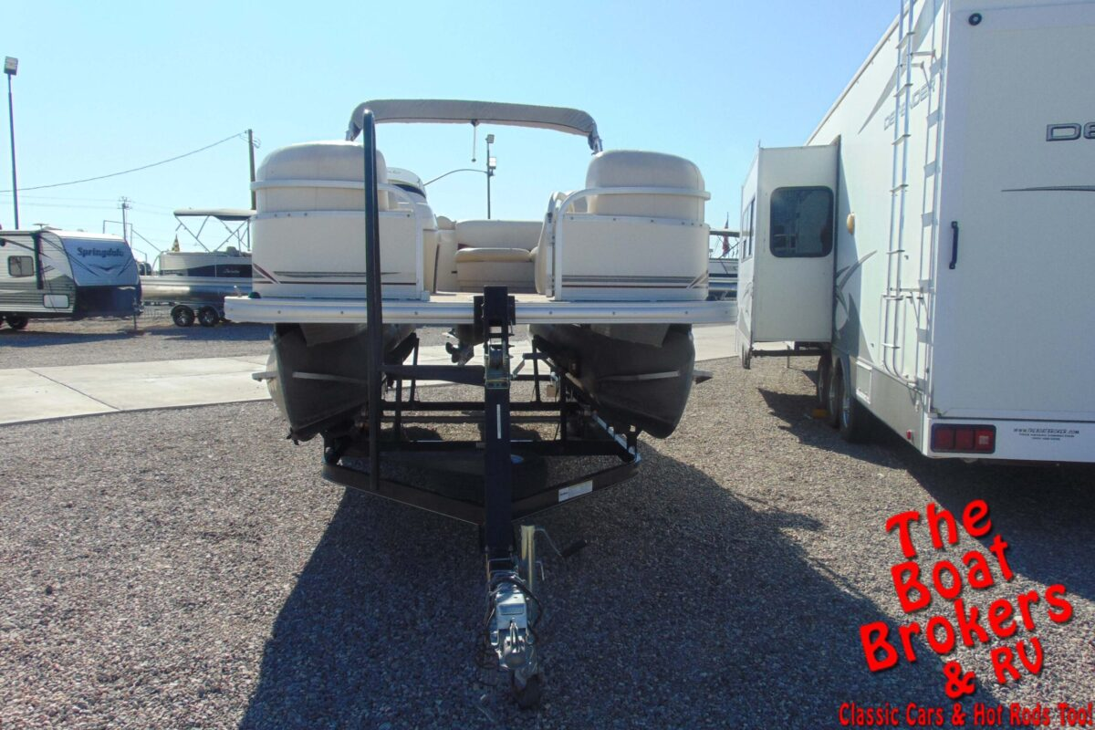 2011 SUN TRACKER PARTY BARGE PONTOON 21' BOAT