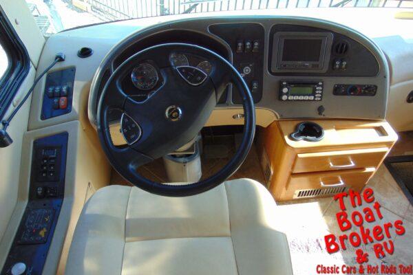 2008 MONACO CAMELOT 42PDQ 42.5′ MOTORHOME