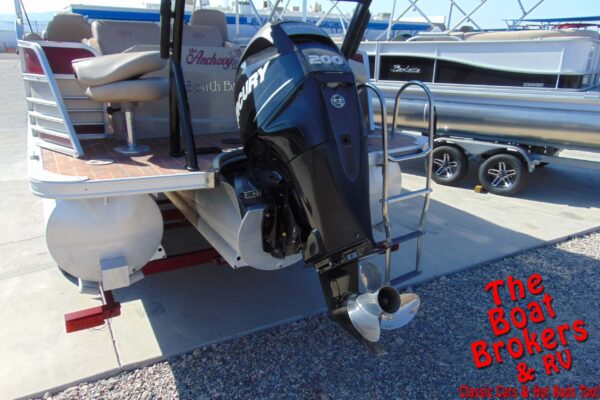 2014 FOREST RIVER SOUTHBAY TRIPLE TOON 24'