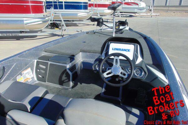 2015 SKEETER ZX 225 FISHING BOAT