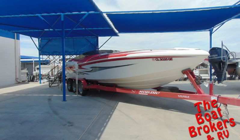 2005 NORDIC 28′ HEAT OPEN BOW WITH MID-CABIN